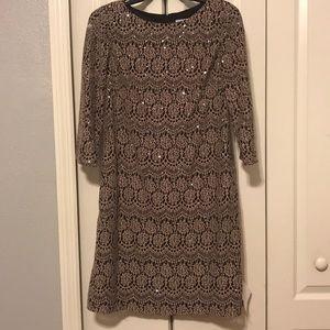 NWT Allover Scallop Lace 3/4 Slv Dress Sz 8.